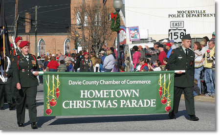 christmas parade banner opening 450