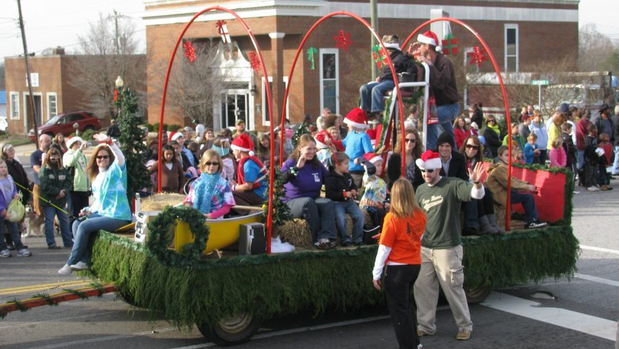 Mocksville Christmas Parade 2020 2018 Christmas Parade Saturday, December 1st – Registration Now