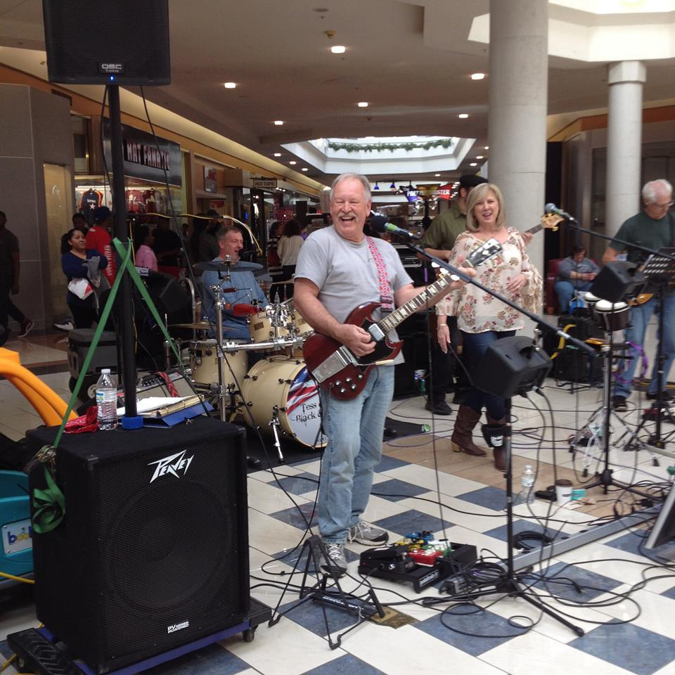 Free Concert on the Square in Mocksville on Saturday – Tess