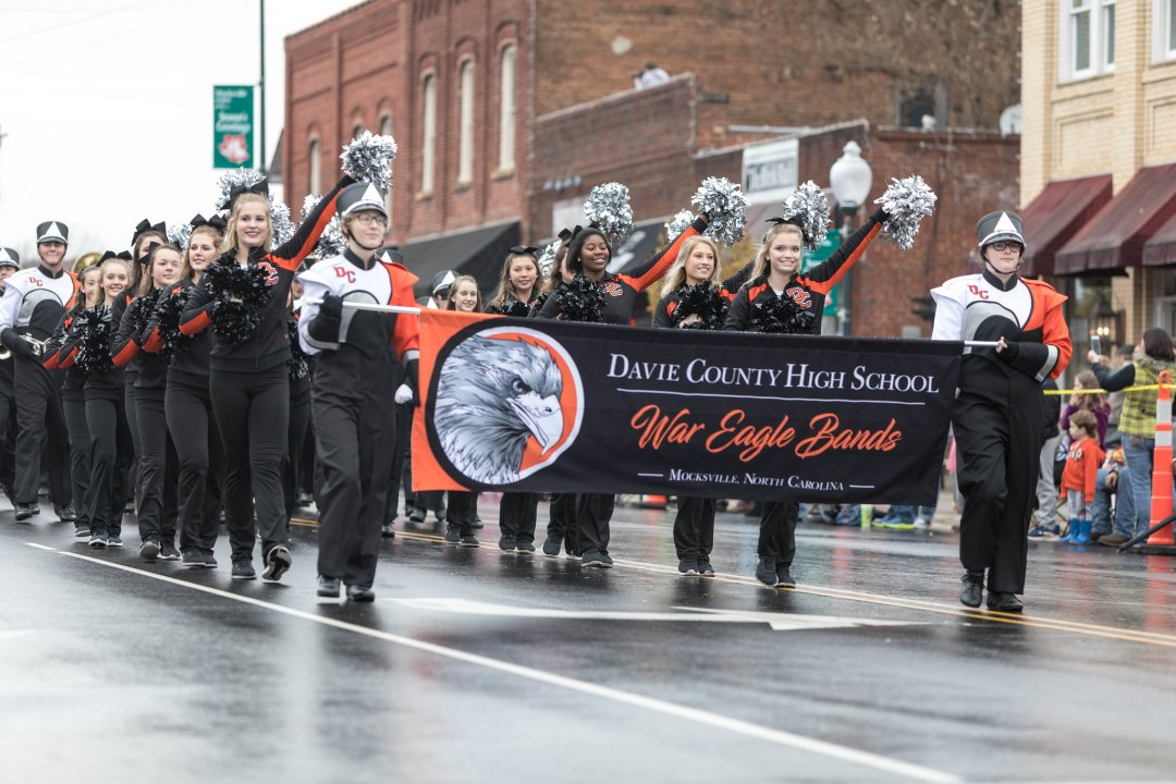 Davie County Christmas Crafts 2021 Horse Buggy Rides Mocksville Christmas Parade This Weekend Holiday Events Roundup Davie County Blog