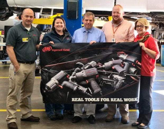 Davie High Automotive Skills Training Program Awarded $10,000 Grant from Ingersoll Rand